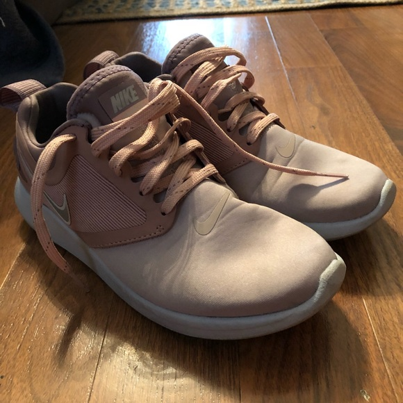 Nike Shoes   Lunarsolo Pink Size 6
